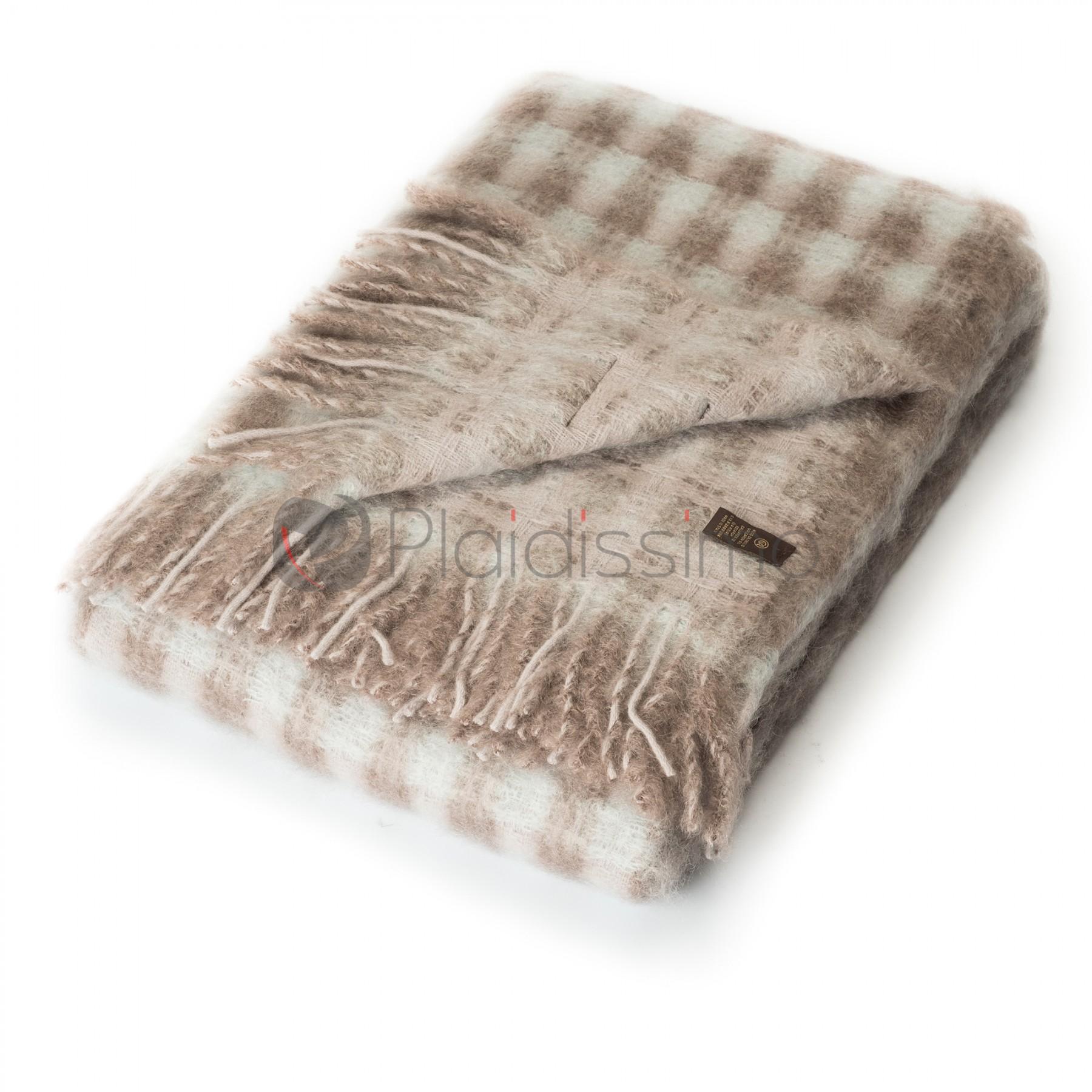 plaid en laine m rinos mohair double faces mia beige et bleu claire. Black Bedroom Furniture Sets. Home Design Ideas