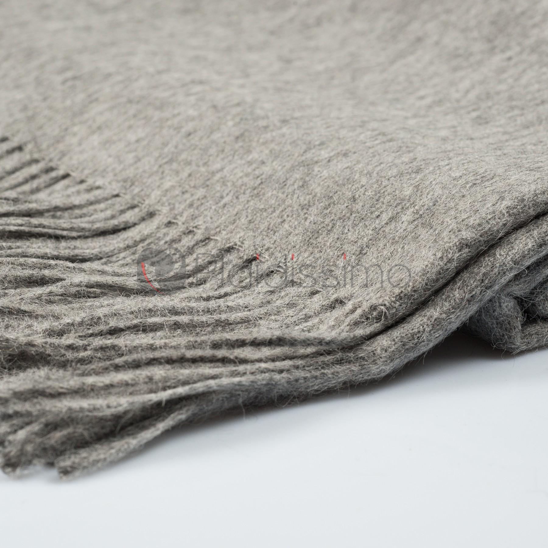 plaid en alpaga laine gris design scandinave classic light grey. Black Bedroom Furniture Sets. Home Design Ideas