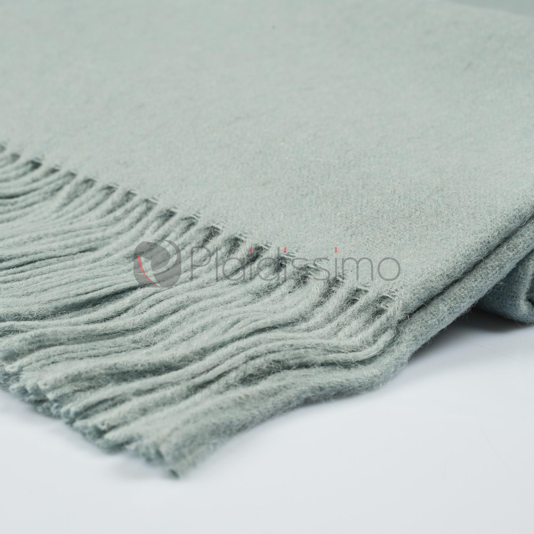 plaid en alpaga laine design scandinave sobre classic lagoon. Black Bedroom Furniture Sets. Home Design Ideas
